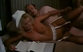 Classic Vintage : old man fuck a girl nd nurse