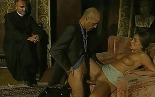 Hot pamper with hairy pussy Bolivia Samsonite in retro sex scene